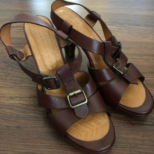 Chic Mahara brown Sandals size 9 1/2